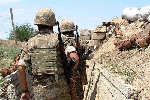 Հայ զինվորները դիրքերում